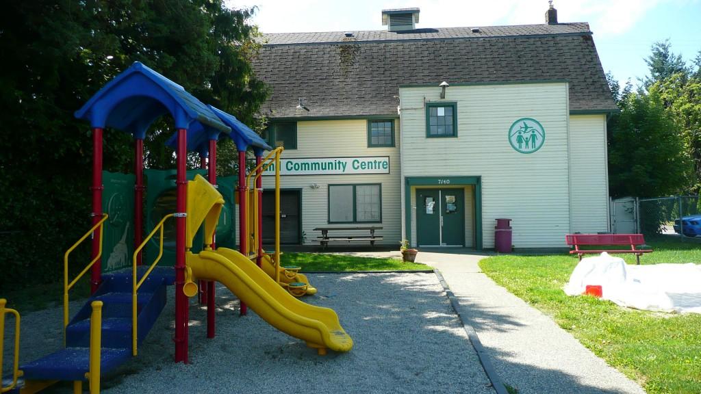 P1050203 Burkville Sea Island Community Centre