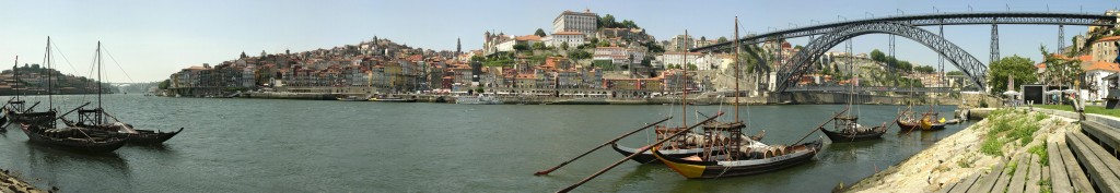 Lonely Planet named the Portuguese city of Porto as the #1 European destination to visit in 2013.